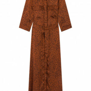 wood-rust-wild-robe