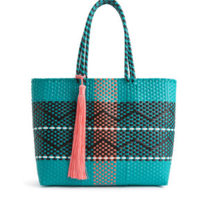 wakascoubi-blue-sac-wild